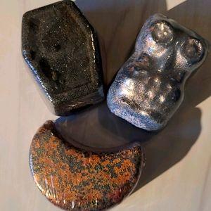 Fragrant jewels bath bombs